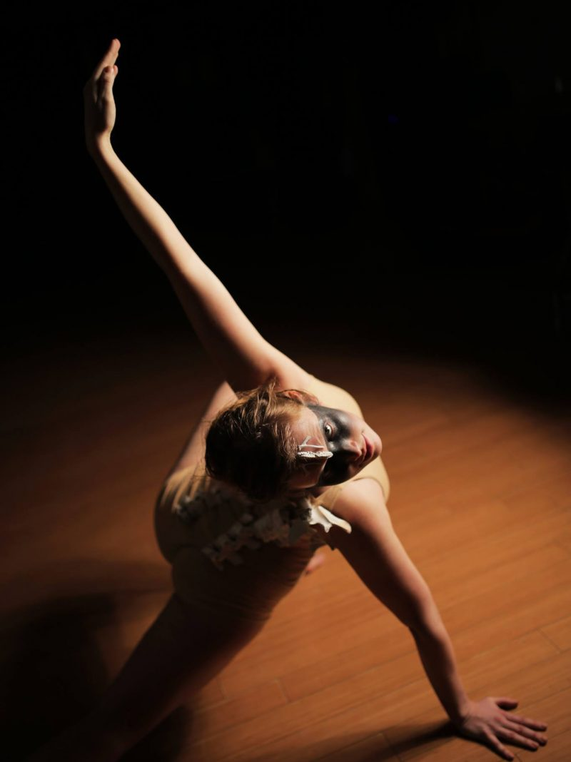 Kaja Irwin (Toronto, Canada). The artist will create a dance performance for opening night in Amsterdam, entitled Maim.
