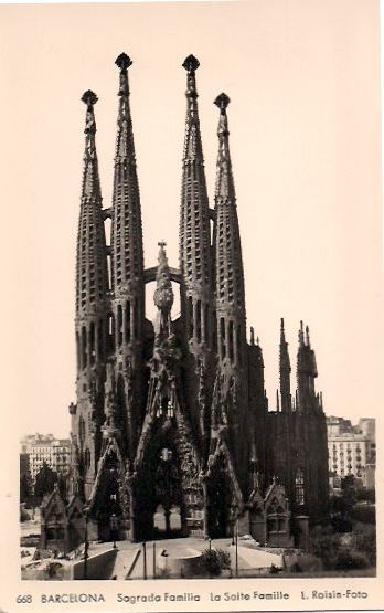 Sagrada Familia, Bacelona, Vintage Postcard, Approx 3.5 x 5.5 inches, 1950's. SOLD.
