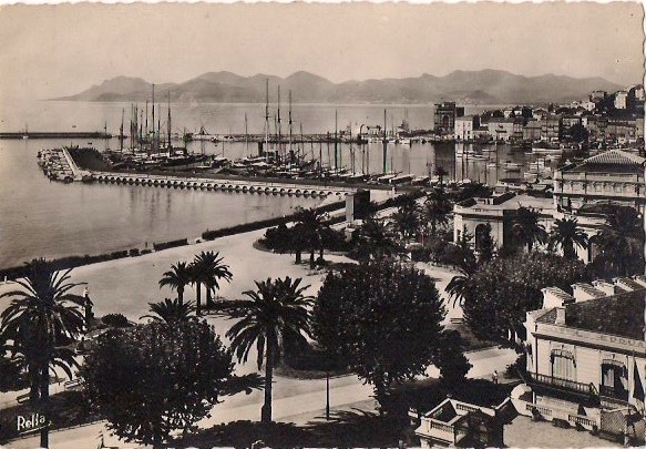 Original Vintage Sfrench Riviera, 'La Cote d'Azur, Cannes, Le Port et l'Esterel,  Purchased in Cannes, France. 3.5 x 5.5 inches, $5.