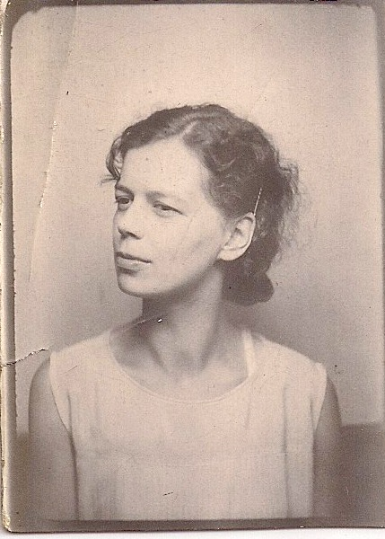 Beautiful Photobooth Portrait of Woman in Thought, Handwritten on Verson 'Jessie Colfer 1931', Measures 1.5 x 2 inches. Some creases. $5